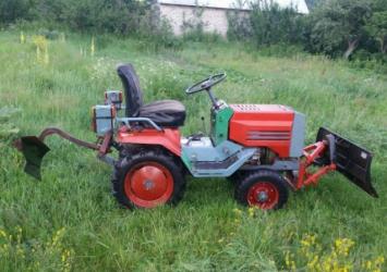 Трактор КМЗ 012 характеристика